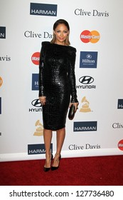 LOS ANGELES - FEB 9:  Nicole Richie arrives at the Clive Davis 2013 Pre-GRAMMY Gala at the Beverly Hilton Hotel on February 9, 2013 in Beverly Hills, CA