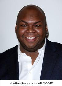 LOS ANGELES - JAN 10:  Windell Middlebrooks arrives to Winter Press Tour 2011-ABC  on January 10,2011 in Hollywood, CA