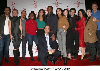 LOS ANGELES - JAN 17:  YnR Cast memebers at the Young and the Restless Celebrates 30 Years at #1 at the CBS Television CIty on January 17, 2019 in Los Angeles, CA