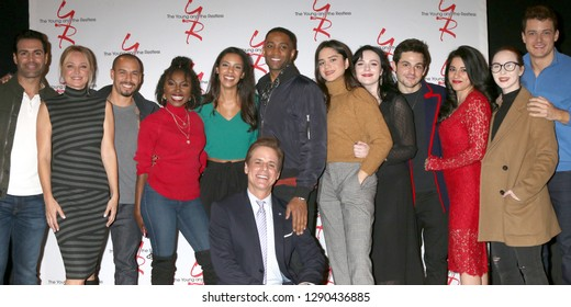 LOS ANGELES - JAN 17:  YnR Cast members at the Young and the Restless Celebrates 30 Years at #1 at the CBS Television CIty on January 17, 2019 in Los Angeles, CA
