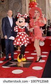 LOS ANGELES - JAN 22:  Bob Iger, Minnie Mouse, Katy Perry at the Minnie Mouse Star Ceremony on the Hollywood Walk of Fame on January 22, 2018 in Hollywood, CA