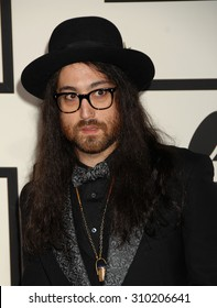 LOS ANGELES - JAN 26:  Sean Lennon  arrives at the 56th Annual Grammy Awards Arrivals  on January 26, 2014 in Los Angeles, CA