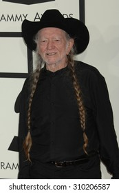 LOS ANGELES - JAN 26:  Willie Nelson arrives at the 56th Annual Grammy Awards Arrivals  on January 26, 2014 in Los Angeles, CA