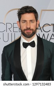 LOS ANGELES - JAN 27:  John Krasinski at the 25th Annual Screen Actors Guild Awards at the Shrine Auditorium on January 27, 2019 in Los Angeles, CA