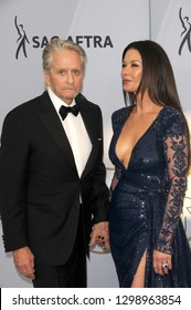 LOS ANGELES - JAN 27:  Michael Douglas, Catherine Zeta-Jones at the 25th Annual Screen Actors Guild Awards at the Shrine Auditorium on January 27, 2019 in Los Angeles, CA