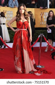LOS ANGELES - JAN 30:  Mila Kunis arrives at the the SAG Awards 2011 on January 30, 2011 in Los Angeles, CA