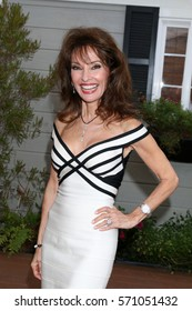 """LOS ANGELES - JAN 5:  Susan Lucci at the """"All My Children"""" Reunion on """"Home and Family"""" Show at Universal Studios on January 5, 2017 in Los Angeles, CA"""