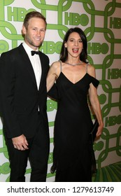LOS ANGELES - JAN 6:  Aaron Fox, Perrey Reeves at the 2019 HBO Post Golden Globe Party at the Beverly Hilton Hotel on January 6, 2019 in Beverly Hills, CA