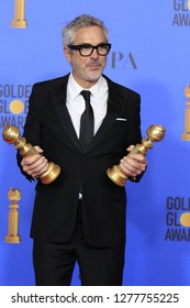 LOS ANGELES - JAN 6:  Alfonso Cuaron at the 2019 Golden Globe Awards - Press Room at the Beverly Hilton Hotel on January 6, 2019 in Beverly Hills, CA