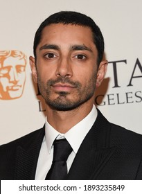 LOS ANGELES - JAN 7:  Riz Ahmed arrives for  BAFTA Los Angeles Tea Party 2017 on January 07, 2017 in Beverly Hills, CA