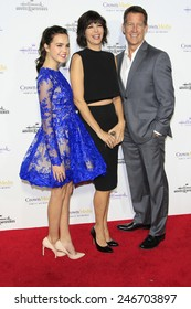 LOS ANGELES - JAN 8: Bailee Madison, Catherine Bell, James Denton at a TCA Winter 2015 Event For Hallmark Channel and Hallmark Movies & Mysteries at Tournament House on January 8, 2015 in Pasadena, CA