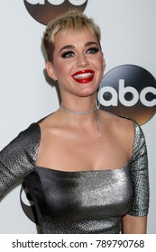 LOS ANGELES - JAN 8:  Katy Perry at the ABC TCA Winter 2018 Party at Langham Huntington Hotel on January 8, 2018 in Pasadena, CA
