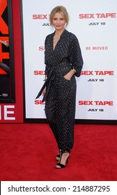 "LOS ANGELES - JUL 10:  Cameron Diaz arrives to the ""Sex Tape"" World Premiere  on July 10, 2014 in Westwood, CA."