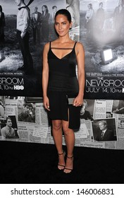 """LOS ANGELES - JUL 10:  Olivia Munn arrives to the 'HBO's """"The Newsroom"""" Season 2 Premiere  on July 10, 2013 in Hollywood, CA"""