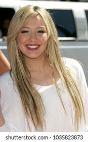 """LOS ANGELES - JUL 11:  Hilary Duff at the """"A Cinderella Story"""" Hollywood Premiere  on July 11, 2004 in Hollywood, CA."""