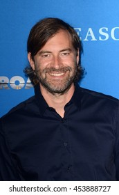 LOS ANGELES - JUL 14:  Mark Duplass at the Gleason LA Premiere Screening at the Regal 14 Theaters at LA Live on July 14, 2016 in Los Angeles, CA