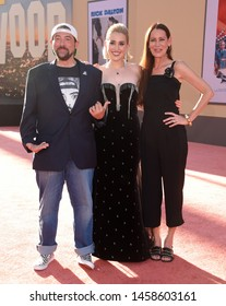 LOS ANGELES - JUL 22:  Kevin Smith, Harley Quinn Smith and Jennifer Schwalbach Smith arrives for the 'Once Upon A Time In Hollywood' Los Angeles Premiere on July 22, 2019 in Hollywood, CA