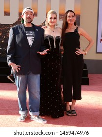 """LOS ANGELES - JUL 22:  Kevin Smith, Harley Quinn Smith, Jennifer Smith at the """"Once Upon a Time in Hollywod"""" Premiere at the TCL Chinese Theater IMAX on July 22, 2019 in Los Angeles, CA"""