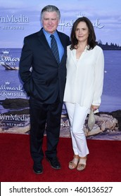 LOS ANGELES - JUL 27:  Treat Williams and Pam Van Sant arrive to the Hallmark Channel, Hallmark Movies, Mysteries Summer 2016 TCA Press Tour Event on July 27, 2016 in Beverly Hills, CA