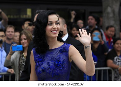LOS ANGELES - JUL 28: Katy Perry at the 'Smurfs 2' - Los Angeles Premiere at the Regency Village Theater on July 28, 2013 in Los Angeles, CA.