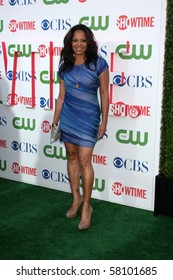LOS ANGELES - JUL 28:  Lauren Velez arrives at the 2010 CBS, The CW, Showtime Summer Press Tour Party  at The Tent Adjacent to Beverly Hilton Hotel on July28, 2010 in Beverly Hills, CA ...