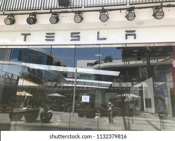 LOS ANGELES, JULY 7TH 2018: Entrance to the Tesla car store at the Westfield shopping mall in Century City.