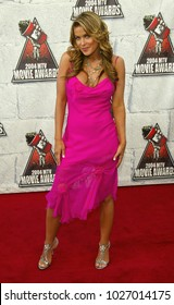 LOS ANGELES - JUN 05:  Carmen Electra arrives to the Mtv Movie Awards  on June 5, 2004 in Culver City, CA.