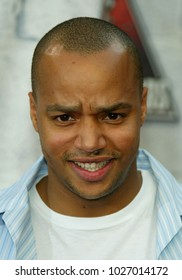 LOS ANGELES - JUN 05:  Donald Faison arrives to the Mtv Movie Awards  on June 5, 2004 in Culver City, CA.