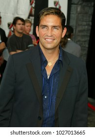 LOS ANGELES - JUN 05:  Jim Caviezel arrives to the Mtv Movie Awards  on June 5, 2004 in Culver City, CA.