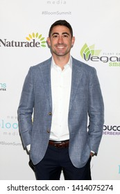 LOS ANGELES - JUN 1:  Dr Abe Malkin at the 2nd Annual Bloom Summit at the Beverly Hilton Hotel on June 1, 2019 in Beverly Hills, CA