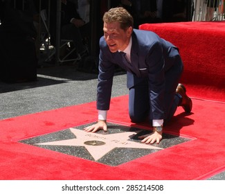 LOS ANGELES - JUN 2:  Bobby Flay at the Bobby Flay Hollywood Walk of Fame Ceremony at the Hollywood Blvd on June 2, 2015 in Los Angeles, CA