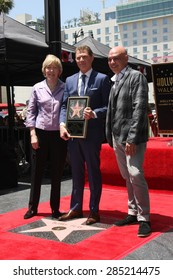 LOS ANGELES - JUN 2:  Brooke Johnson, Bobby Flay, Michael Symon at the Bobby Flay Hollywood Walk of Fame Ceremony at the Hollywood Blvd on June 2, 2015 in Los Angeles, CA