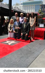 LOS ANGELES - JUN 2:  Chamber Officials, Michael Symon, Brooke Johnson, Bobby Flay, Sophie Flay at the Bobby Flay Hollywood WOF Ceremony on Hollywood Blvd on June 2, 2015 in Los Angeles, CA