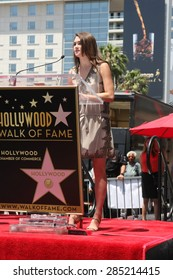 LOS ANGELES - JUN 2:  Sophie Flay at the Bobby Flay Hollywood Walk of Fame Ceremony at the Hollywood Blvd on June 2, 2015 in Los Angeles, CA