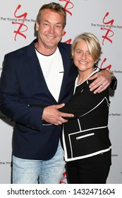 LOS ANGELES - JUN 23:  Doug Davidson, Cindy Fisher at the Young and The Restless Fan Club Luncheon at the Marriott Burbank Convention Center on June 23, 2019 in Burbank, CA