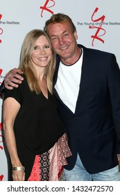LOS ANGELES - JUN 23:  Lauralee Bell, Doug Davidson at the Young and The Restless Fan Club Luncheon at the Marriott Burbank Convention Center on June 23, 2019 in Burbank, CA