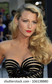 """LOS ANGELES - JUN 25:  Blake Lively arrives at the """"Savages"""" Premiere at Village Theater on June 25, 2012 in Westwood, CA"""