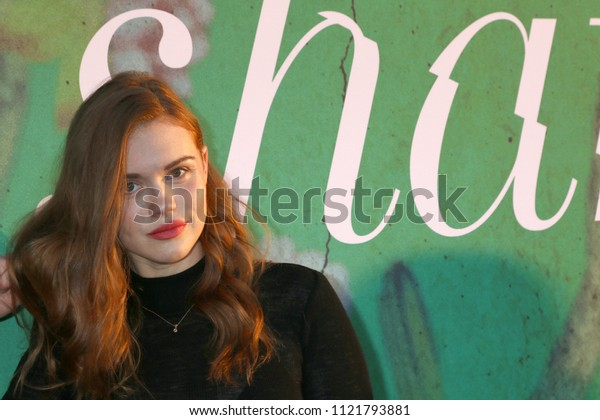 """LOS ANGELES - JUN 26:  Holland Roden at the """"Sharp Objects"""" HBO Premiere Screening at the ArcLight Theater on June 26, 2018 in Los Angeles, CA"""