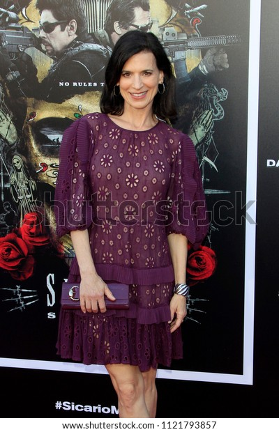 """LOS ANGELES - JUN 26:  Perrey Reeves at the """"Sicario: Day Of The Soldado"""" Premiere at the Village Theater on June 26, 2018 in Westwood, CA"""