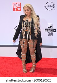 LOS ANGELES - JUN 27:  Lil Kim {Object} arrives for the 2021 BET Awards on June 27, 2021 in Los Angeles, CA