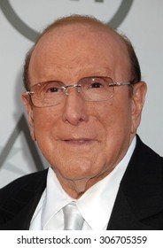 LOS ANGELES - JUN 5:  Clive Davis arrives at the AFI TRIBUTE TO JANE FONDA   on June 5, 2014 in Hollywood, CA