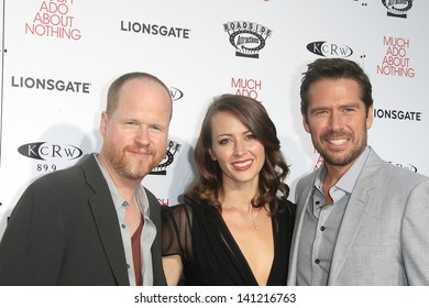 LOS ANGELES - JUN 5: Joss Whedon, Amy Acker, Alexis Denisof at the screening of Lionsgate and Roadside Attractions' 'Much Ado About Nothing' on June 5, 2013 in Los Angeles, California