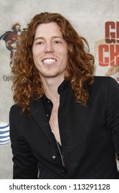 """LOS ANGELES - JUN 5: Shaun White at Spike TV's 4th Annual """"Guys Choice Awards"""" at Sony Studios on June 5, 2010 in Los Angeles, California"""
