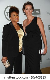 LOS ANGELES - JUN 5:  Wanda Sykes and wife arrives at the AFI TRIBUTE TO JANE FONDA   on June 5, 2014 in Hollywood, CA