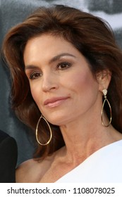 LOS ANGELES - JUN 7:  Cindy Crawford at the American Film Institute Lifetime Achievement Award to George Clooney at the Dolby Theater on June 7, 2018 in Los Angeles, CA
