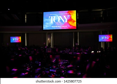 LOS ANGELES - JUN 9: General Atmosphere at The Actors Fund's 23rd Annual Tony Awards Viewing Gala honoring Lily Tomlin at the Skirball Cultural Center on June 9, 2019 in Los Angeles, CA