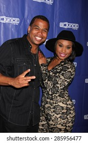 """LOS ANGELES - JUN 9:  Omar Gooding, Angell Conwell at the """"Family Time"""" Season 3 Wrap Party at the El Mariachi Grill on June 9, 2015 in Encino, CA"""