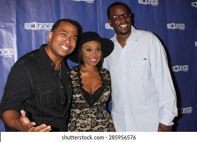 """LOS ANGELES - JUN 9:  Omar Gooding, Angell Conwell, Bentley Kyle Evans at the """"Family Time"""" Season 3 Wrap Party at the El Mariachi Grill on June 9, 2015 in Encino, CA"""