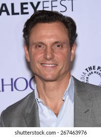 "LOS ANGELES - MAR 08:  Tony Goldwyn arrives to the Paleyfest 2015 ""Scandal""  on March 08, 2015 in Hollywood, CA"