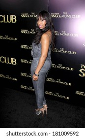 """LOS ANGELES - MAR 10:  Angell Conwell at the """"The Single Moms Club"""" Premiere at ArcLight Hollywood on March 10, 2014 in Los Angeles, CA"""